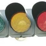 信号の色はどうして赤・青・黄なのか?